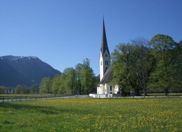 leonhardikirche-in-neuhaus